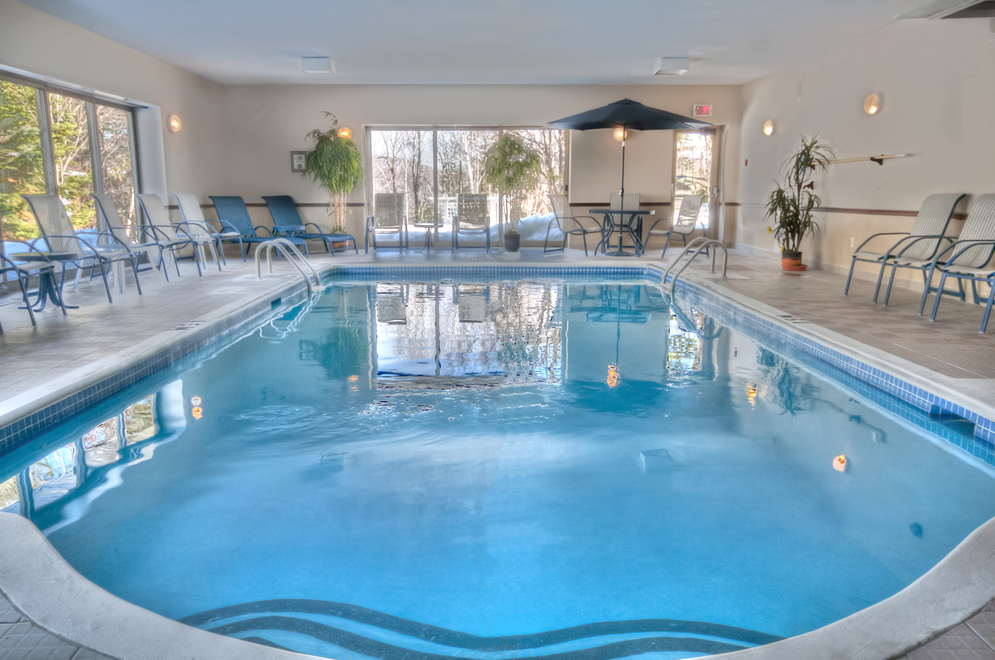 Auberge val saint c me municipalit de saint c me for Piscine val d europe